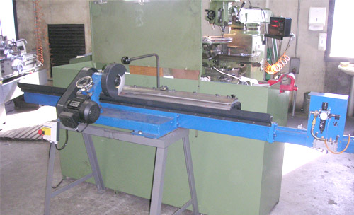 General view blade sharpener machine