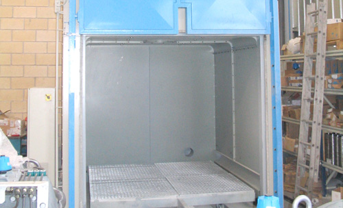 Stabilization furnace with vertical door
